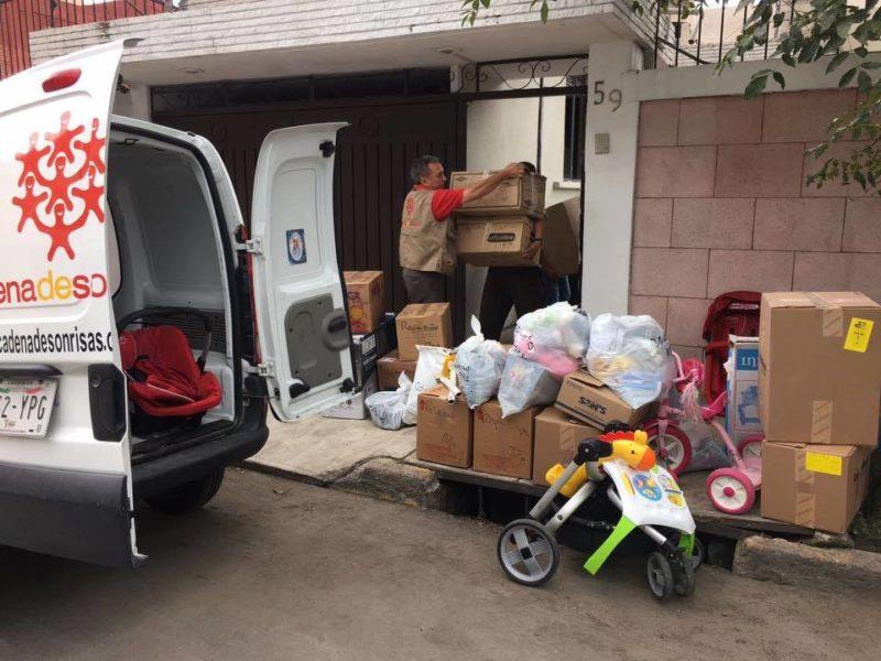 Donativo de Ropa y Calzado, Artículos para Bebés y Medicamento Pediátrico para Madres Solteras en la Casa Hogar Yoliguani